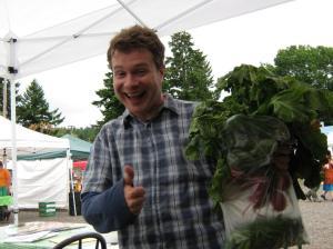 Kyle Curtis (à l'époque où il gérait un farmer's market à Portland)