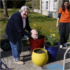 """Le """"Jardin des 5 sens"""" de l'association Saint-Joseph à Nay dans les Pyrénées-Atlantiques est ouverts aux résidents, mais aussi à la  population locale."""