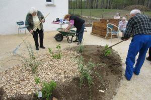 Les jardiniers investissent leur espace.