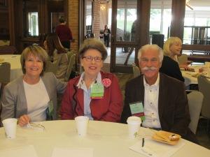 Martine, Teresia Hazen et Douglas Airhart