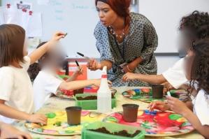 Une activité bouturage dans une école à New York.