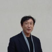 Masahiro Toyoda, universitaire et chercheur à l'université de Hyogo, enseigne dans le programme d'hortithérapie d'ALPHA.