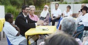 À l'Oasis de la rencontre, un jardin interreligieux à Strasbourg, une rencontre-débat en juillet 2014 (Photo DNA).