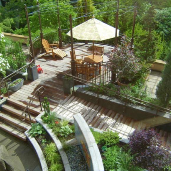 Salle de pause au jardin pour les infirmières d'un hôpital de Portland, Oregon, aux Etats-Unis.